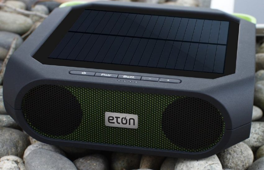 BAMBOO SOLAR BLUETOOTH SPEAKER AND PORTABLE SMARTPHONE CHARGER
